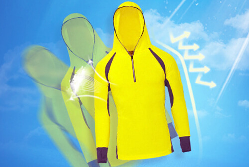 Do your sun protection clothes really protect you with sunblock?