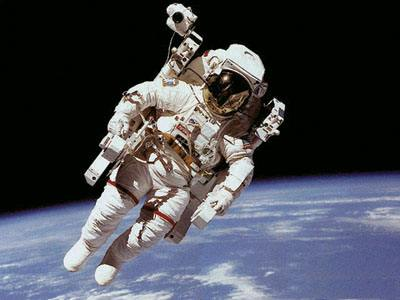 New Space Suits for Space Travel