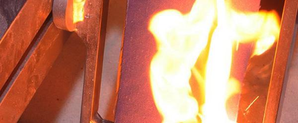 Molten metal splash test machine for ISO 9185